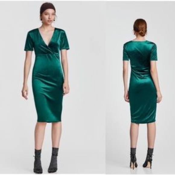 80e8d62e Zara Green Velvet Midi Dress in Emerald. M_5a86054ba6e3eae4bf75d1b0
